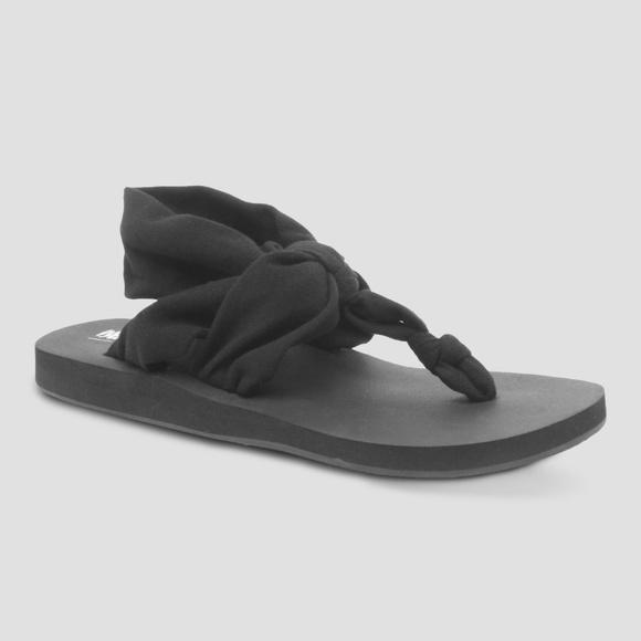 494caa3f51d Mossimo Womens 8 Tashi Flip Flops Black Fabric